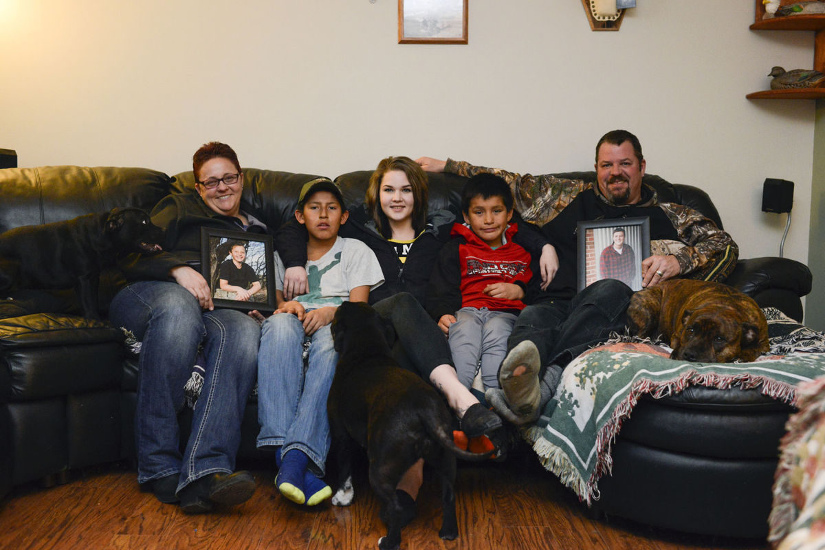 58912c54e33ea.image  1200x800 - The greatest gift: Foster family adopts three kids