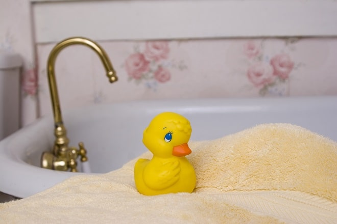 resized duck - 10 Strange Reasons Why Kids Hate Bath Time & How to Fix It.